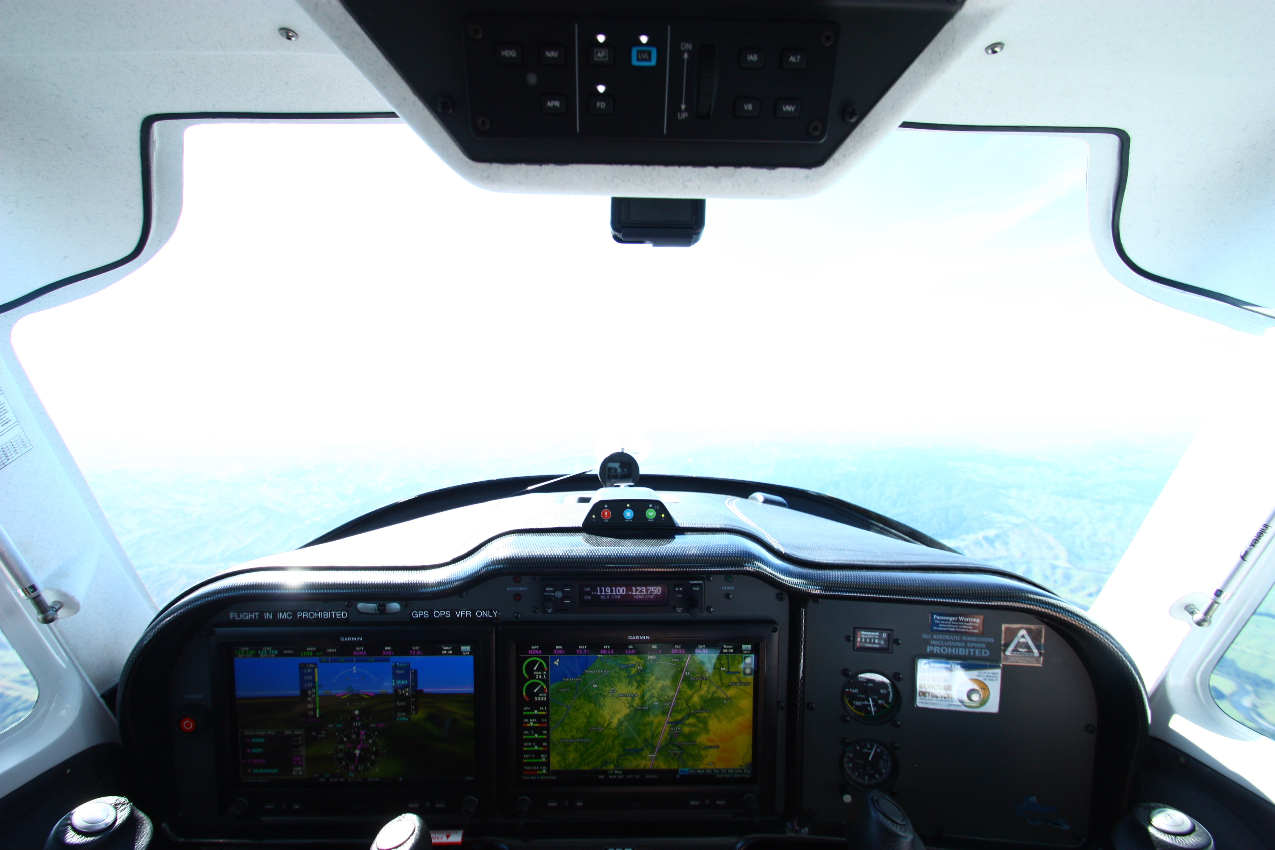 Calculating ROI on an Aircraft Management and Communications Solution: 4 Things to Consider